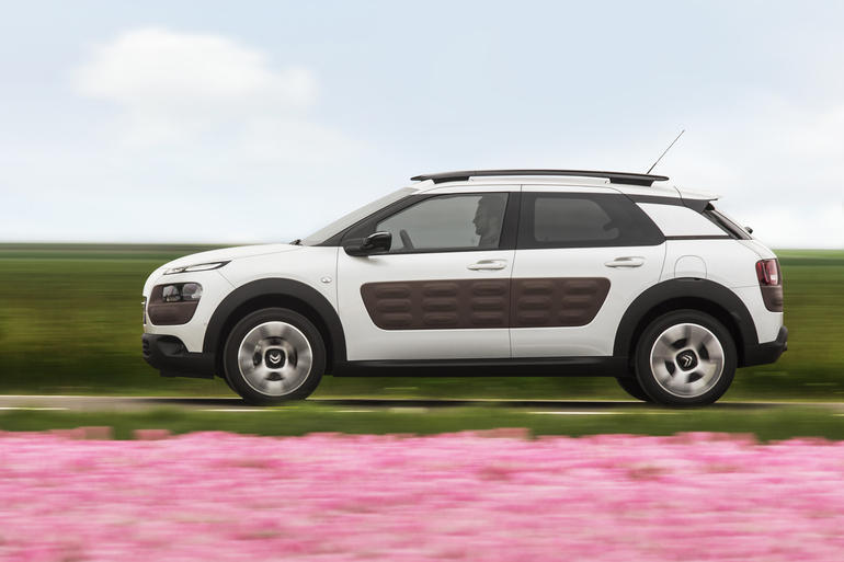 mehr ausstattung f r den citroen c4 cactus 4x4 offroad auto allrad. Black Bedroom Furniture Sets. Home Design Ideas